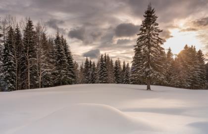 neve-d'aprile---Castel-Valdajer